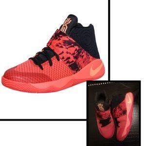 "Nike kyrie 2 ""Inferno"" Sneaker"